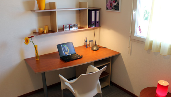 bureau avec rangement au dessus idimex bureau secrtaire david rangement avec with bureau avec. Black Bedroom Furniture Sets. Home Design Ideas
